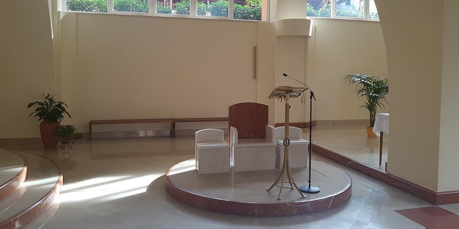Tecnica impeccabile dell'impianto audio con attenzione massima all'estetica – Chiesa di San Giulio
